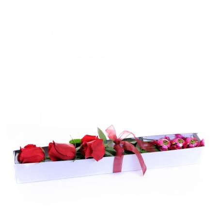 rosas_e_bombons_na_caixa_-_15870.png